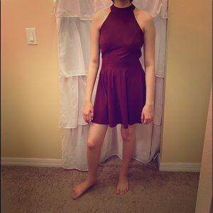 Short burgundy dress sleeveless laced back size S